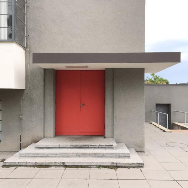 Seiteneingang Bauhaus